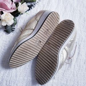 Shellys London Shoes - Shellys London Platform Gold Wingtip Oxford Shoe